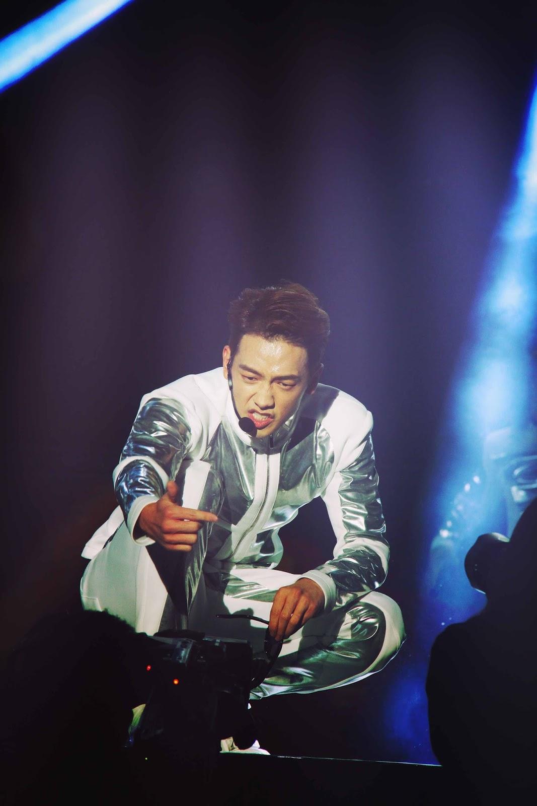 23日The Squall Rain World Tour in Shenyang _c0047605_8284850.jpg