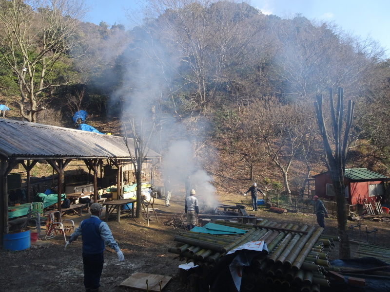 道普請もやってます in 孝子の森     by     (TATE-misaki)_c0108460_21175363.jpg
