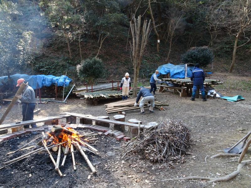 道普請もやってます in 孝子の森     by     (TATE-misaki)_c0108460_21235990.jpg