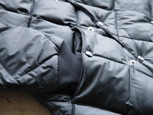 CONFY Down Jacket_d0160378_18175057.jpg