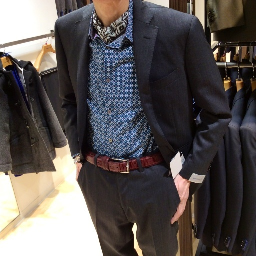 suit  companyって優秀ね。_b0210699_21464263.jpg