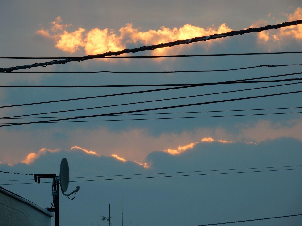 朝なのに夕焼けみたい_c0025115_19320445.jpg