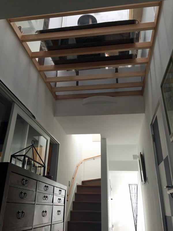 大和の家-透明な床-_a0147436_15314536.jpg