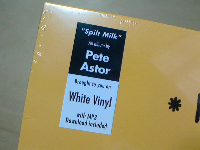 昨日到着レコ 〜 Split Milk / Pete Astor_c0104445_2047075.jpg