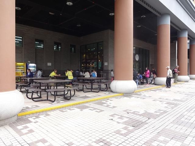 香港文化博物館へ向かって _b0248150_09550870.jpg