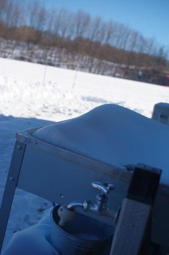 その後の雪。朝は-15℃。_c0110869_6194568.jpg