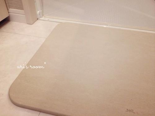 洗面所。soilバスマットの実力と、失敗しちゃったコレ…_a0341288_17271170.jpg