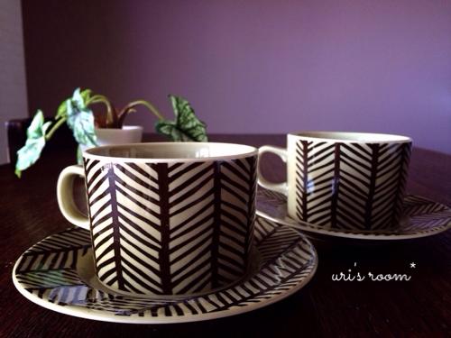 素敵なコーヒーカップ&ソーサーと出会いましたヽ(´▽`)/_a0341288_17274337.jpg