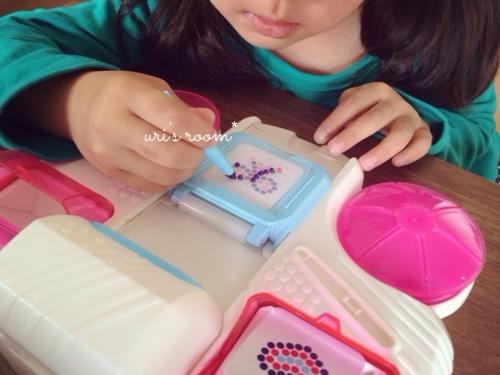 子供が作ったシールにほっこり(´∀`)それからベランダピクニック!_a0341288_17280154.jpg