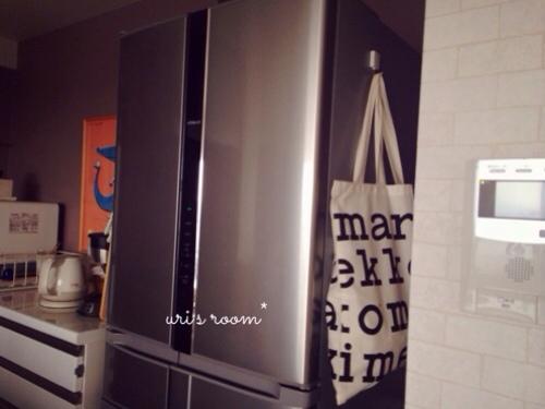 キッチンのデッドスペース。マリメッコをチラリと(´∀`) そしてケーラーオマジオがやっぱり可愛い(´∀`)_a0341288_17281819.jpg