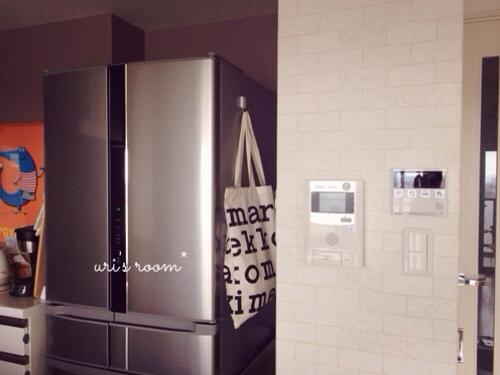 キッチンのデッドスペース。マリメッコをチラリと(´∀`) そしてケーラーオマジオがやっぱり可愛い(´∀`)_a0341288_17281866.jpg