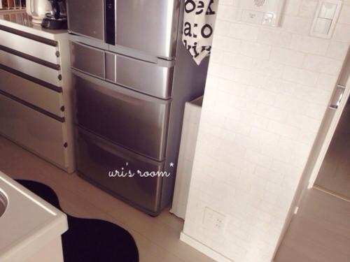 キッチンのデッドスペース。マリメッコをチラリと(´∀`) そしてケーラーオマジオがやっぱり可愛い(´∀`)_a0341288_17281896.jpg