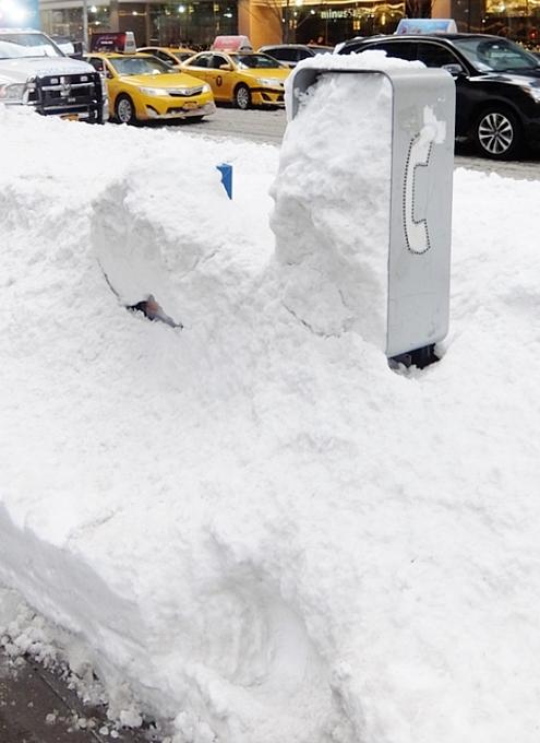 大雪翌日のニューヨーク、ミッドタウンの様子_b0007805_23572458.jpg