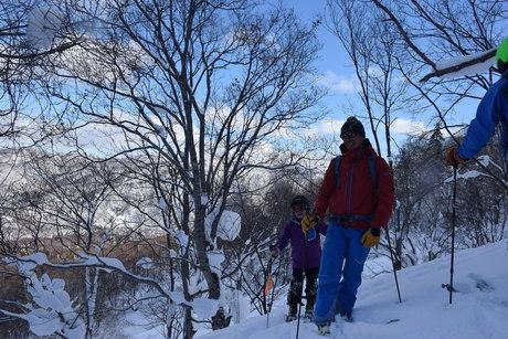 2016年1月23日札幌国際スキー場に近い白井岳支尾根の山を滑る_c0242406_17302061.jpg