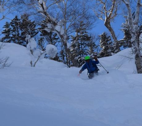 2016年1月23日札幌国際スキー場に近い白井岳支尾根の山を滑る_c0242406_1744543.jpg