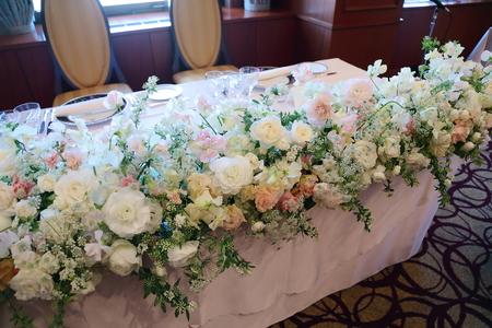 冬の装花 如水会館様へ スイートピーと雪景色_a0042928_918733.jpg