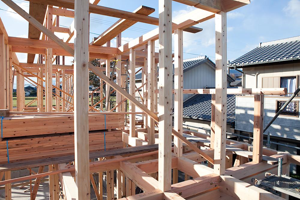 木造2階建てモダン屋根の家─1─_a0163962_1641613.jpg