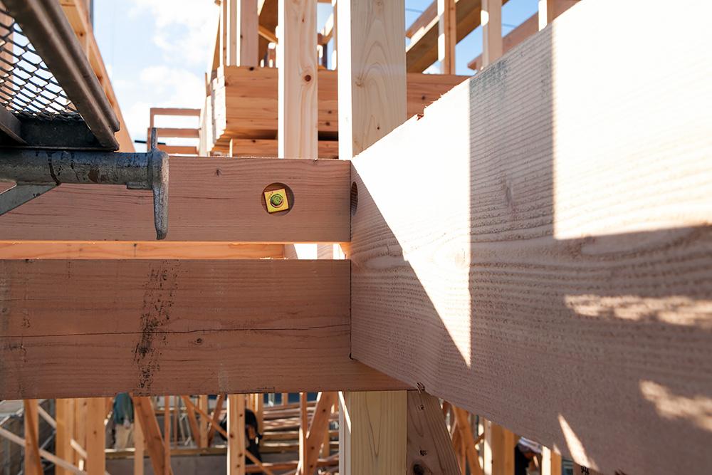 木造2階建てモダン屋根の家─1─_a0163962_1642293.jpg