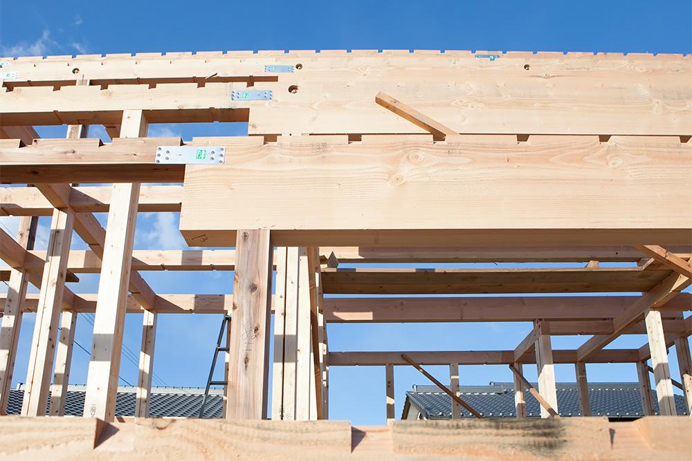 木造2階建てモダン屋根の家─1─_a0163962_1642350.jpg