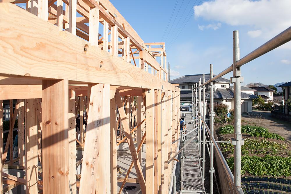 木造2階建てモダン屋根の家─1─_a0163962_1643072.jpg
