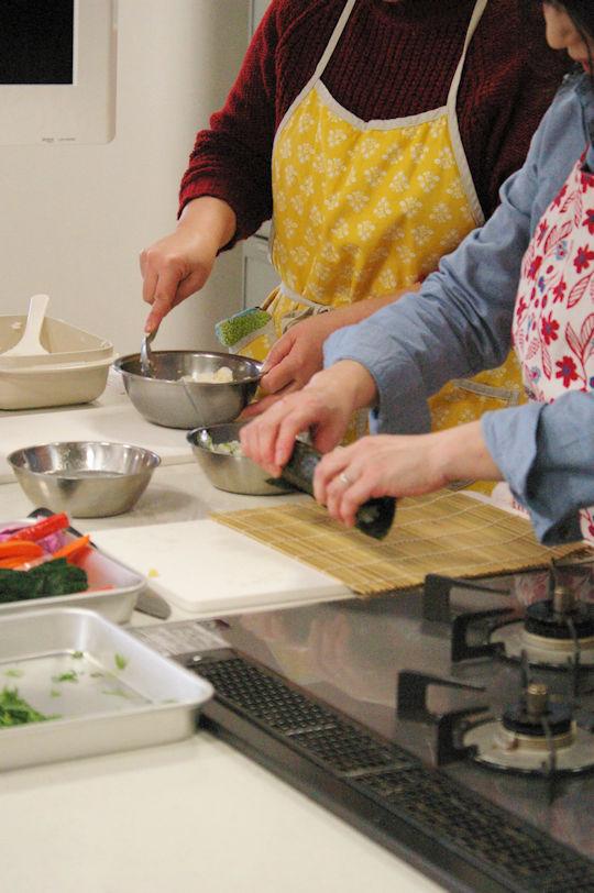 外部キッチンでの料理教室レポート_d0327373_2043076.jpg