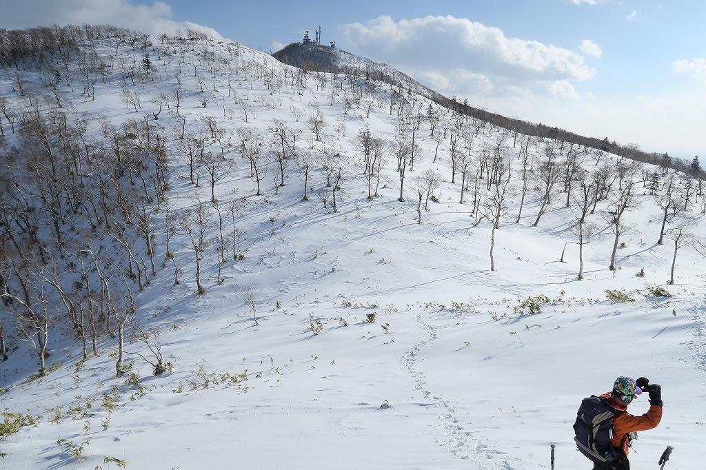 紋別岳から748mピーク、1月27日_f0138096_1234658.jpg