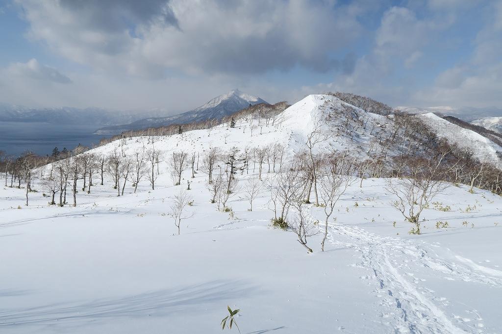 紋別岳から748mピーク、1月27日_f0138096_1242351.jpg