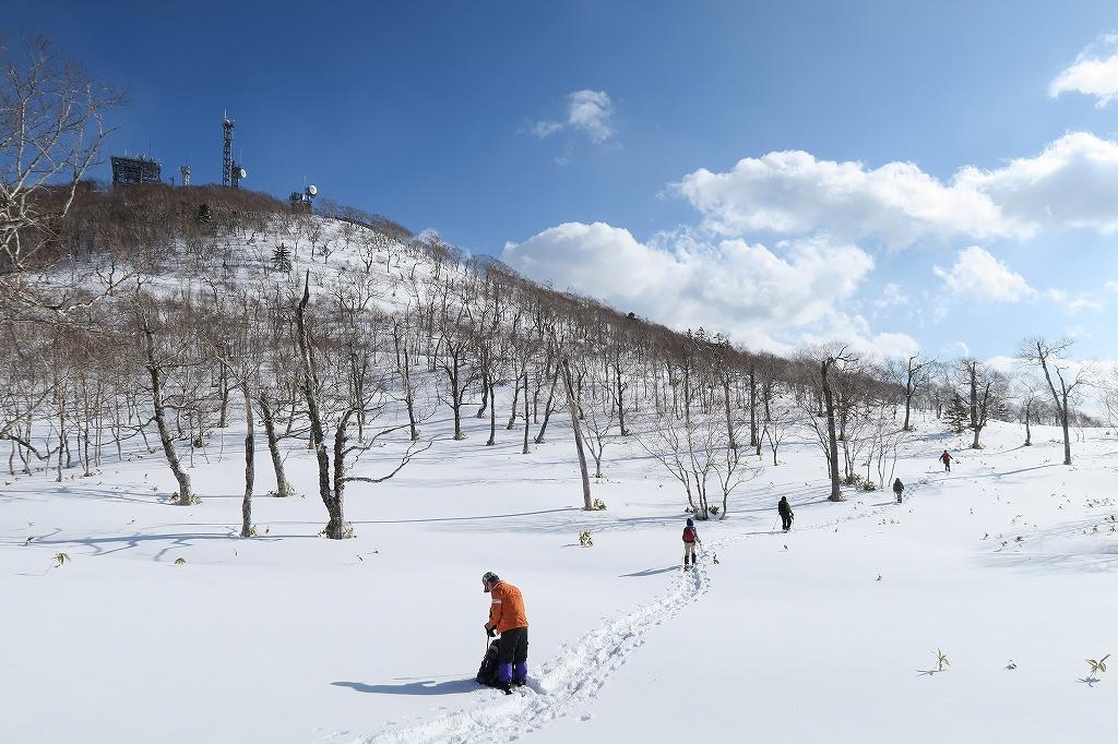 紋別岳から748mピーク、1月27日_f0138096_1244969.jpg