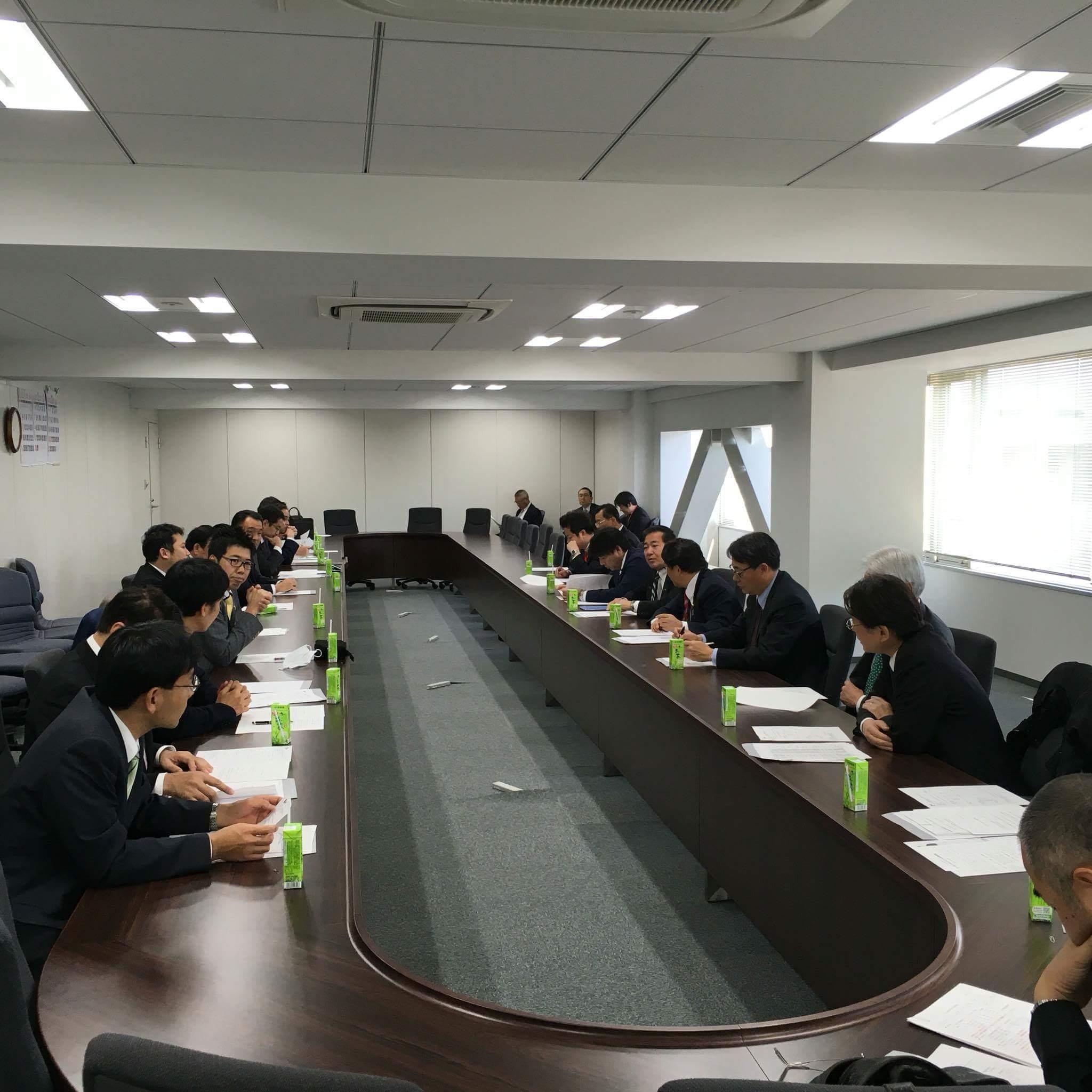 12月21日(月) 民主党都連常任幹事会にて_e0093518_10134262.jpeg