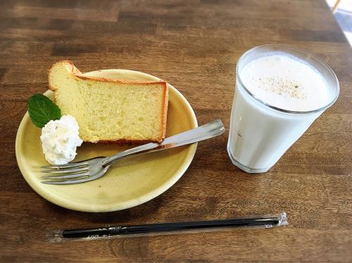 GOCYI  CAFE (ゴチィ カフェ)_e0292546_02474846.jpg