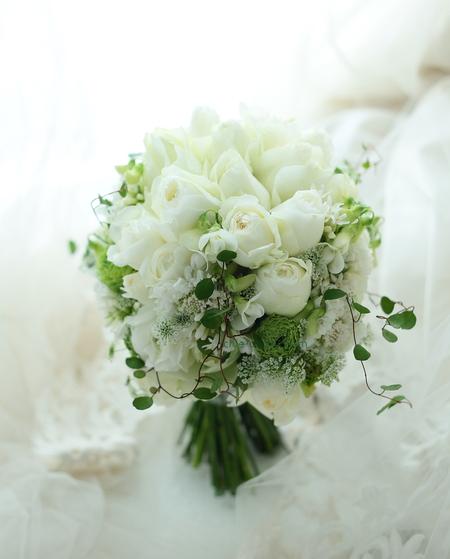シェアブーケ シェラトン・グランデ・トーキョーベイ・ホテルさまへ 結婚式の手作りの花と、雪_a0042928_19275133.jpg