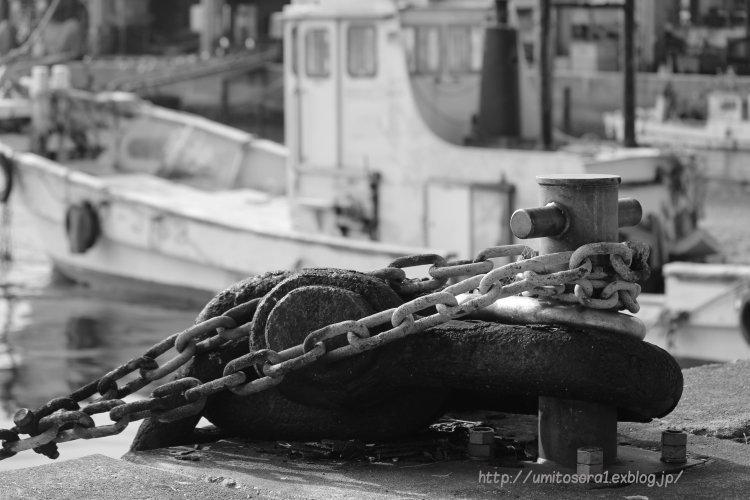 モノクロ漁港_b0324291_18455443.jpg