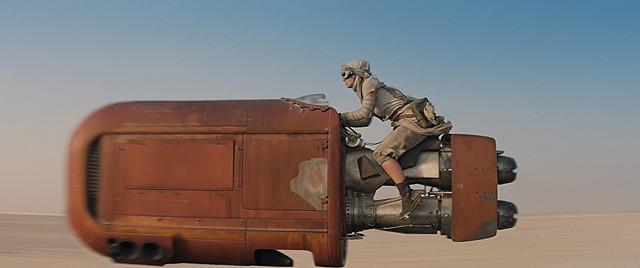 スター・ウォーズ / フォースの覚醒 (J.J. エイブラムス監督 / 原題 : Star Wars The Force Awakens)_e0345320_22044953.jpg