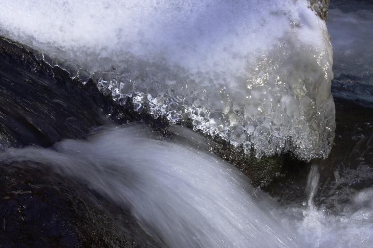 南牧村 湯川渓谷の氷瀑 その2_e0165983_1027859.jpg