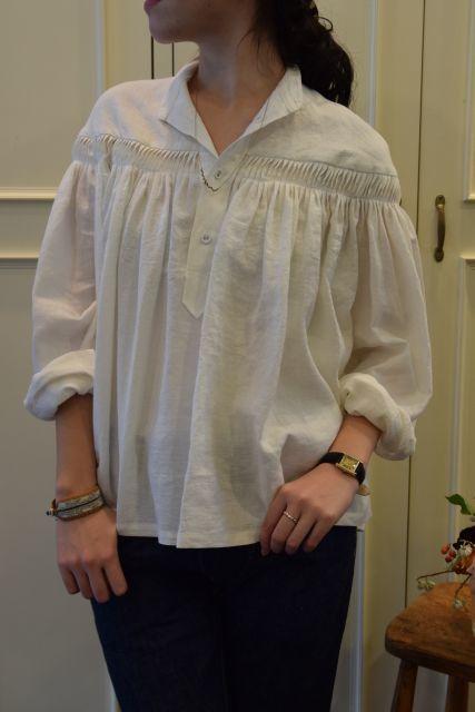 Scye の リネンタックシャツ  '16SS  ・ ・ ・_b0110586_15085914.jpg