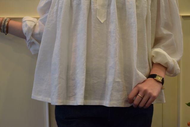 Scye の リネンタックシャツ  '16SS  ・ ・ ・_b0110586_15230310.jpg