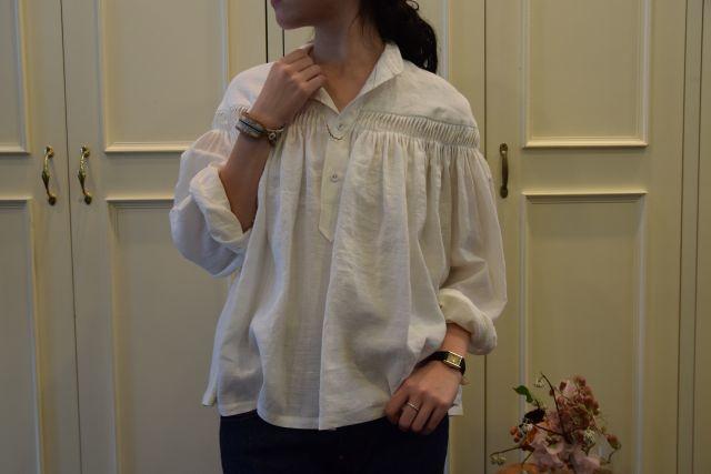 Scye の リネンタックシャツ  '16SS  ・ ・ ・_b0110586_15231167.jpg