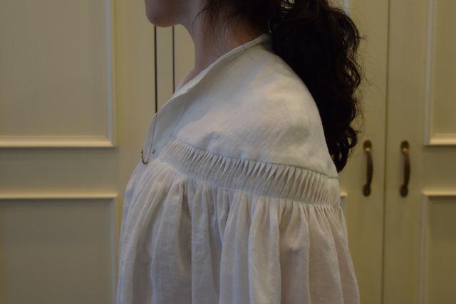 Scye の リネンタックシャツ  '16SS  ・ ・ ・_b0110586_15233019.jpg
