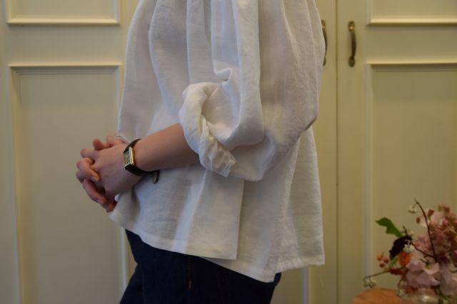 Scye の リネンタックシャツ  '16SS  ・ ・ ・_b0110586_15233757.jpg