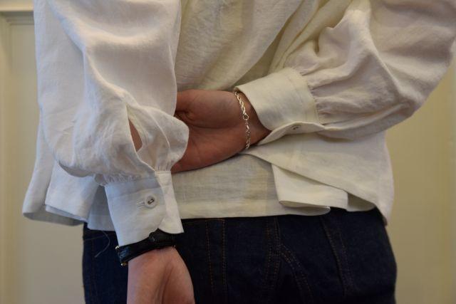 Scye の リネンタックシャツ  '16SS  ・ ・ ・_b0110586_15245112.jpg