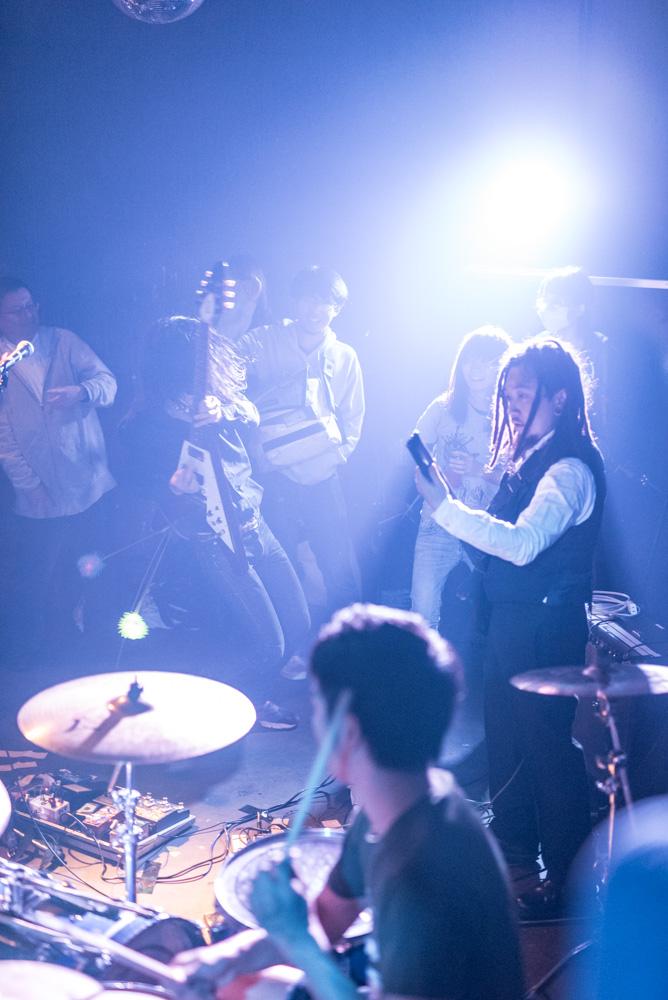 2015年12月12日のベースメントバー 【ベルノバ・ソコラノグループ・Salsa・ゲスバンド・ちくわ】_f0144394_17443822.jpg