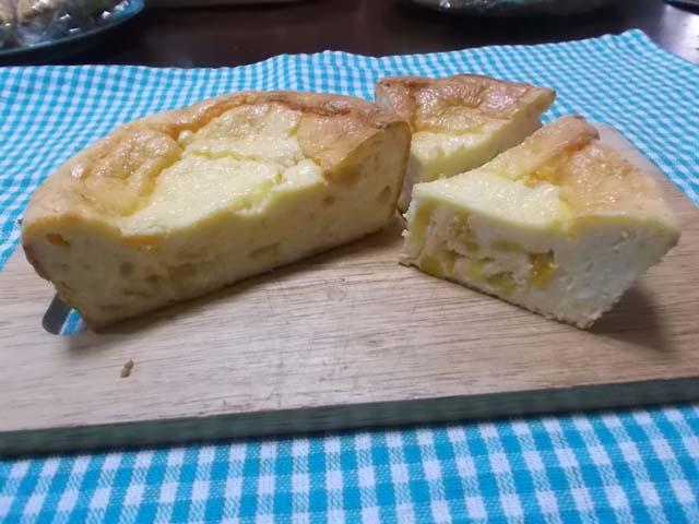柚子ジャム入りチーズケーキとアップルパイ_f0019498_1605537.jpg