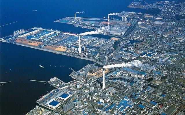四国中央市(愛媛県)の「世界一効率的な製紙工場」と「紙のまち資料館」_f0141310_7312524.jpg