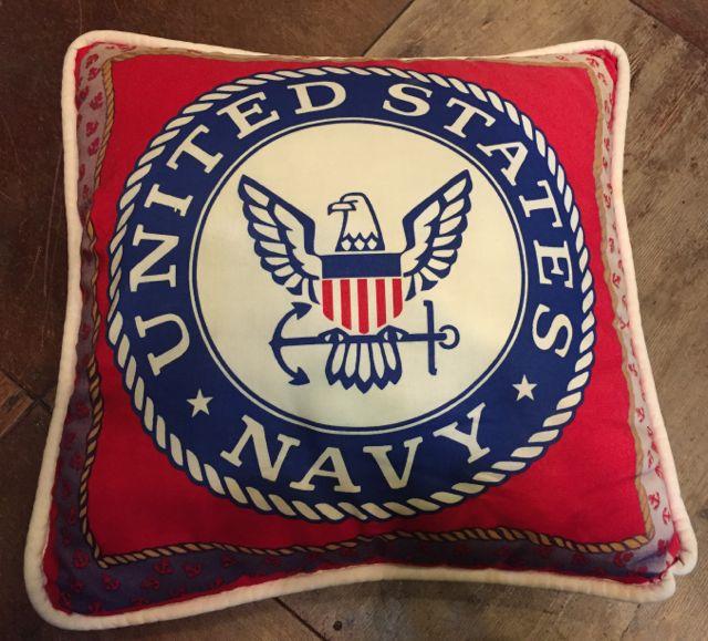 U.S NAVY クッション!_c0144020_1773931.jpg
