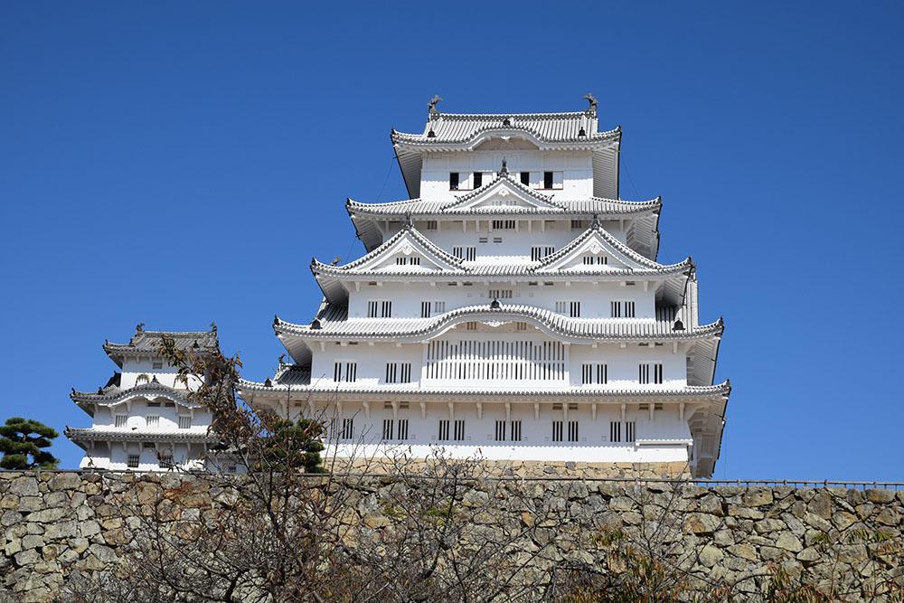 白鷺の天守閣がよみがえった姫路城を歩く。 その3 ~三国堀・二の丸・本丸~_e0158128_19114281.jpg