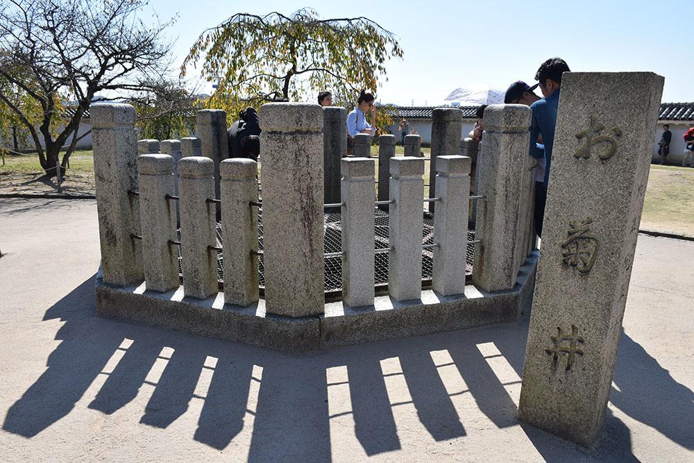 白鷺の天守閣がよみがえった姫路城を歩く。 その3 ~三国堀・二の丸・本丸~_e0158128_19125453.jpg