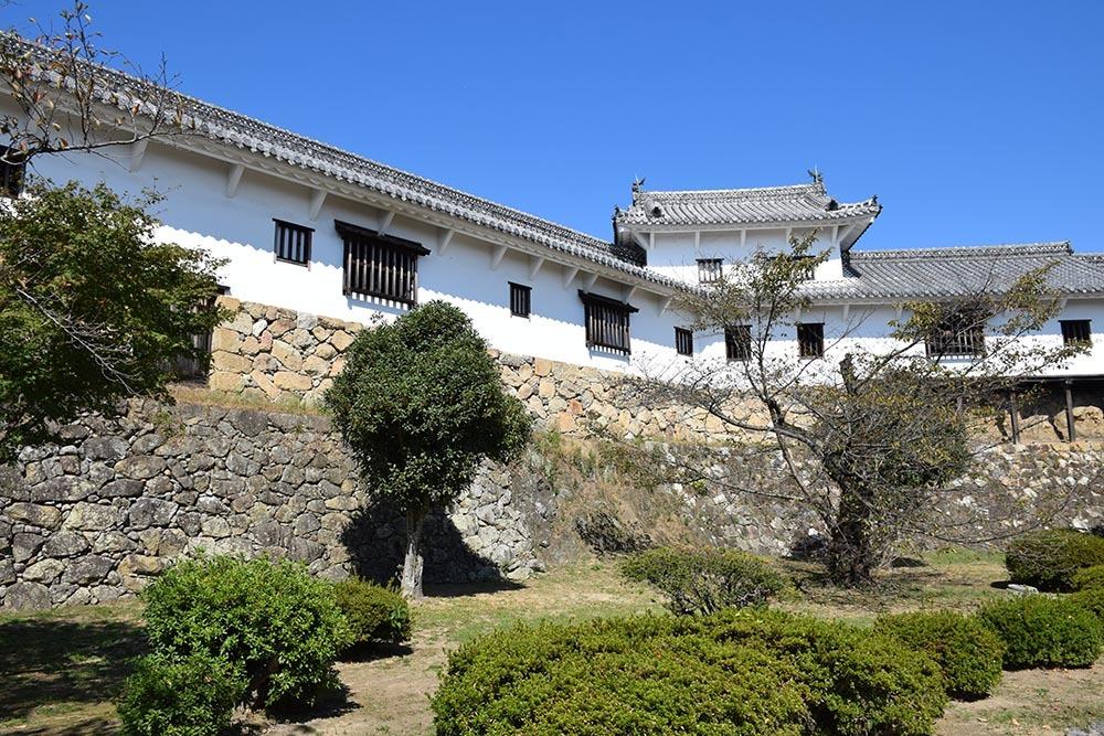 白鷺の天守閣がよみがえった姫路城を歩く。 その5 ~西の丸~_e0158128_20010222.jpg