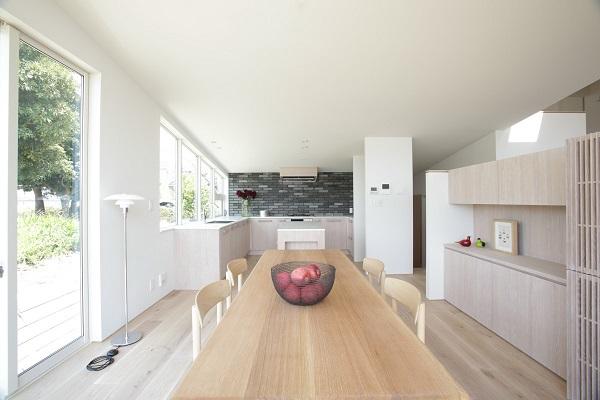 眺めのいいキッチン_a0299347_14544373.jpg