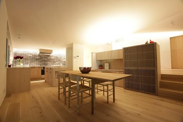 眺めのいいキッチン_a0299347_1532459.jpg