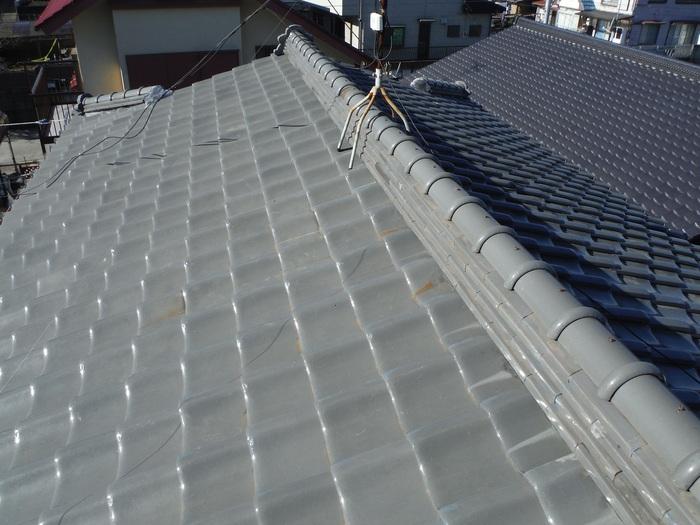 屋根瓦葺き直し ~ 工事終了です。_d0165368_5264051.jpg